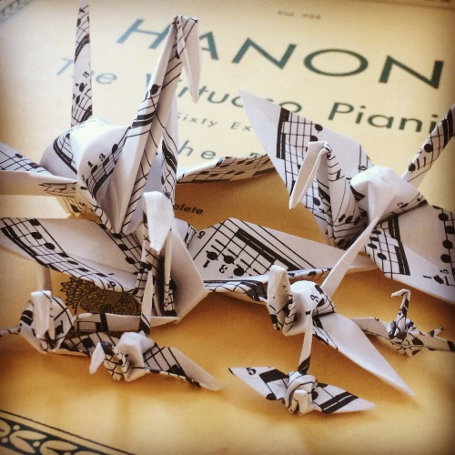 music-sheet-cranes